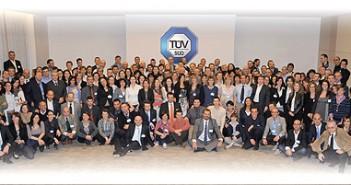TUV_staff_460