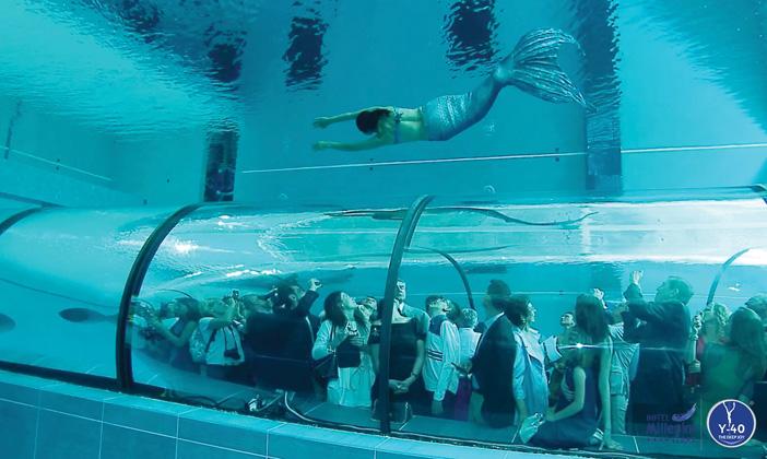 Il fascino degli abissi in acqua termale y 40 la for Y 40 piscina