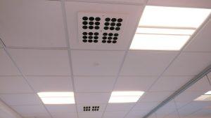 Dettaglio dei diffusori ad alta induzione installati a soffitto