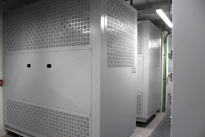 I trasformatori in resina, da 2.500V, garantiscono i massimi livelli di sicurezza anche in caso d'incendio